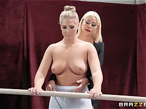 lesbos Bridgette B and Val Dodds powerful cooter slurping after ballet