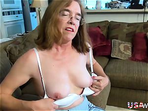 USAwives unshaved grannie Pusssy penetrated With sex plaything
