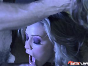 juicy vampires Dillion Harper and Mia Malkova first-ever bang before feeding