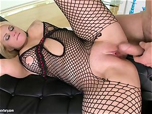 Brooklyn Bailey likes the beefy sword working rock-hard to explode on her