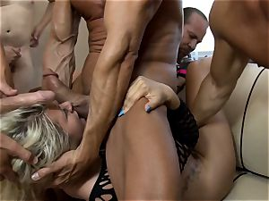 mass ejaculation palace Laela Pryce has thick loads of jizm spilled onto her face