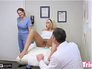 Trickery milf Bridgette B has hump with ample pipe doc