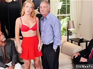 old damsel butt and milf drilling Frannkie And The group Tag squad A Door To Door Saleswoman