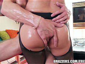 immense rump ultra-cutie loves oily anal