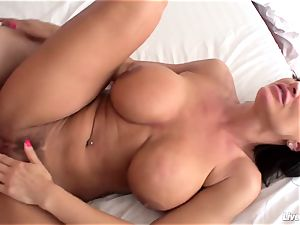 LiveGonzo Lisa Ann Mature gonzo superb plow
