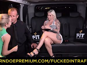 pummeled IN TRAFFIC - passionate blondes car triangle penetrating