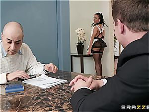 red-hot black maid almost get caught