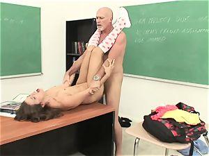 Izybella Blu gets her jaws crammed with steamy cum