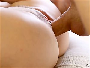 Cassidy Klein puts on a solo flash for her stud