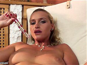 Kathia Nobili dildo ravaging her hard coochie
