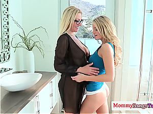 buxomy milf Jennifer finest in threesome