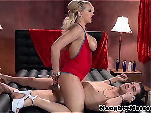 huge-titted masseuse takes care of her client