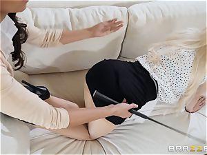 Smoking red-hot scissoring ladies