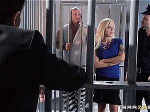 Nina Elle drills a sexy con in front of her cheating hubby