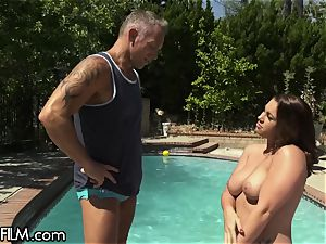 swaying Housewife bursts All Over Poolboy's bone