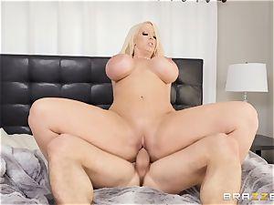 Alura Jenson plowed in her pussyhole