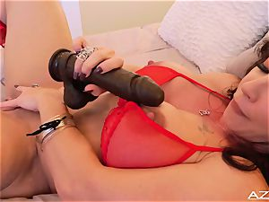 fitness mommy cougar ejaculations WITH thick ebony fake penis