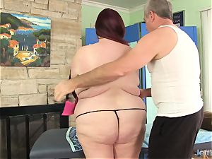 enormous breasted bbw Miss Ladycakes gets a bang-out rubdown
