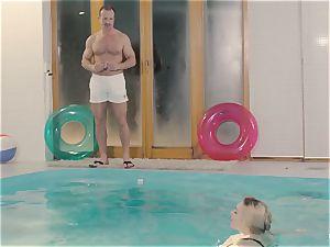RELAXXXED - buxom british stunner likes super-steamy pool fuckfest