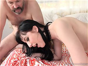 Charlotte Sartre Gets jammed With ebony penis