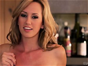 Brett Rossi likes food and coochie fun in the kitchen