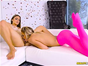 jaw-dropping stunning lesbians Jessa Rhodes and Ryan Ryans coochie pleased scissoring activity